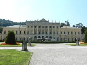Villa Olmo Author Giobia - Source Opera propria - July 2012 (Wikipedia) - VISITAR COMO